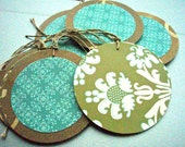 Past Presents - Set of 10 round Gift Tags
