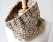 Chunky Knit Cowl - Luxurious Unisex Neckwarmer in Merino Wool and Cashmere - TickledPinkKnits
