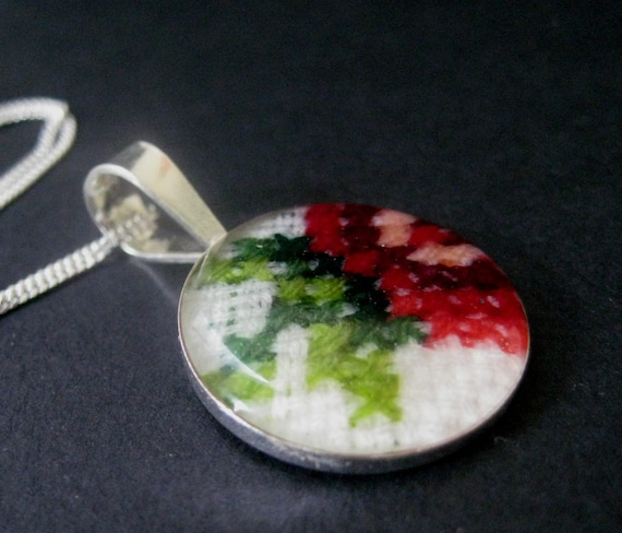 Cross stitch Silver and Resin Kitano Necklaces Free shipping worldwide