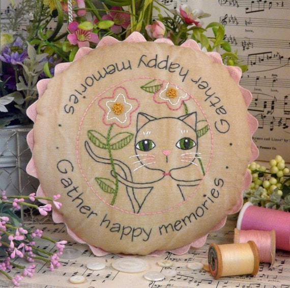 Gather happy memories cat embroidery PDF Pattern - stitchery kitty primitive table mat embroidery pillow bed flowers