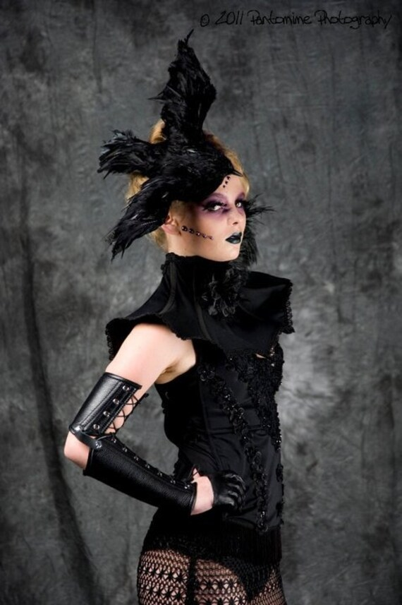 TRASHGLAM Gothic Black neck corset shoulder Black rose and feathers