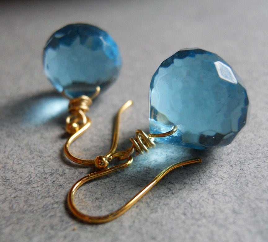 Short Drink of Water... Aqua Quartz Earrings - $38.00 USD