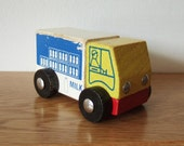 Wooden Milk Float or Van Vintage Toy - kitschandcurious
