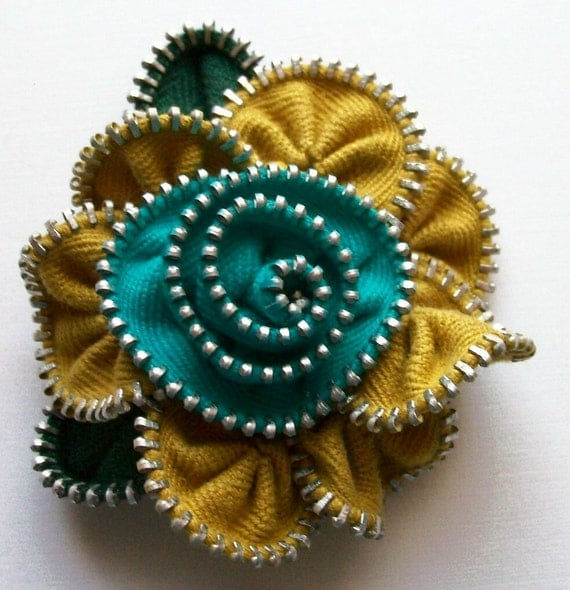 Old Gold / Mustard and Bright Turquoise Floral Brooch / Zipper Pin by ZipPinning 2098