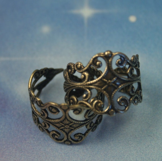 Antiqued gold over brass,  filigree stamping ring blank
