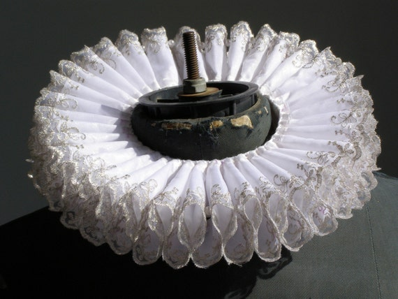 Small Elizabethan Ruff -WHITE PRINCESS by Costume Renaissance