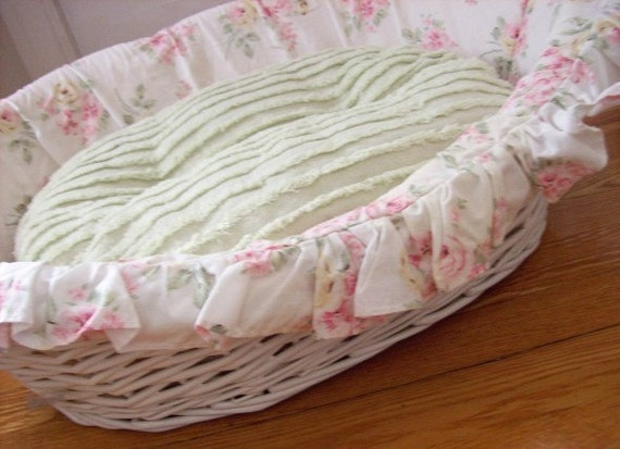 Shabby chic dog bed maltese dogs forum spoiled maltese for Shabby chic dog