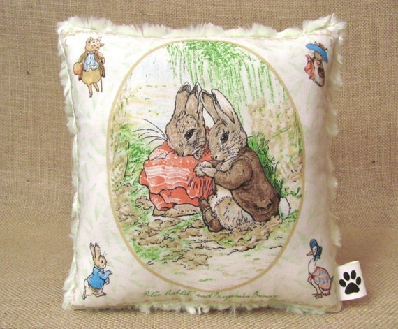 Beatrix Potter - Peter Rabbit and Benjamin Bunny - Little Lovey Pillow