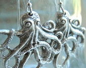 Silver Octopus Earrings Popular Jewelry Steampunk Vintage Style Featuring Sterling Earwires Dangle Earrings - CosmicFirefly