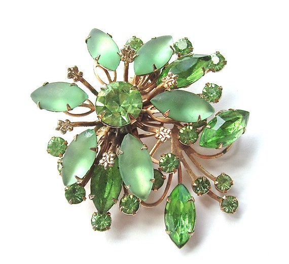 Rhinestone Brooch Vintage Jewelry Peridot Mint Green Art Glass Tiered Brooch, Free US Shipping