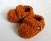 6 to 9 or 9 to 12 Months Baby Loafer Booties, crocheted, burnt orange - handmadebabylove