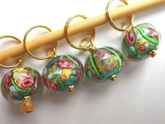 Knitting Stitch Markers - Summer meadow  - Handmade lampwork glass, made with 24 carat gold - Set of 4