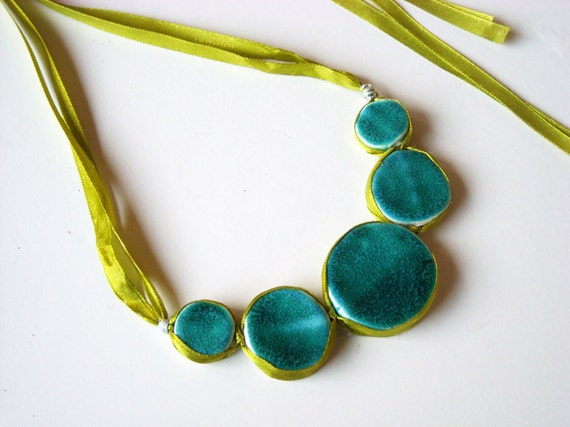 Statement necklace in shades of turquoise, jade and green by azulado