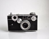 Vintage Camera Argus C-3 Brick Simple Geometric Design - retroEra