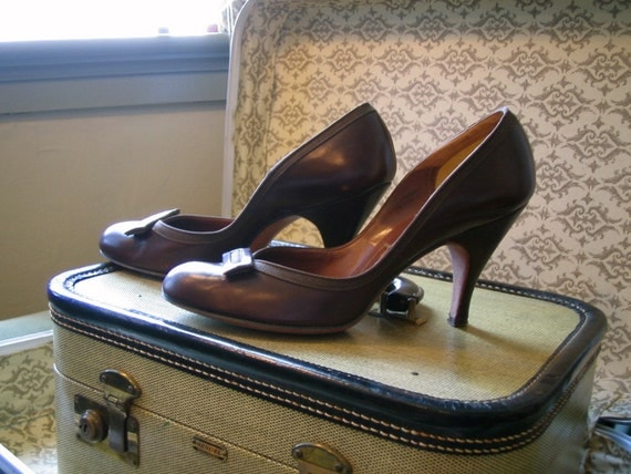 women's vintage shoes brown 1950's