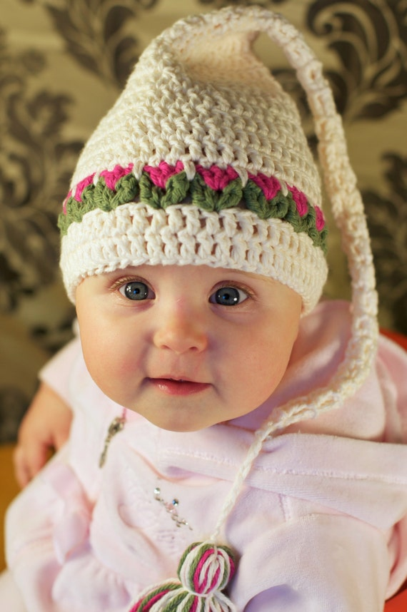 Tulips Hat Crochet Pattern for Babies and Kids
