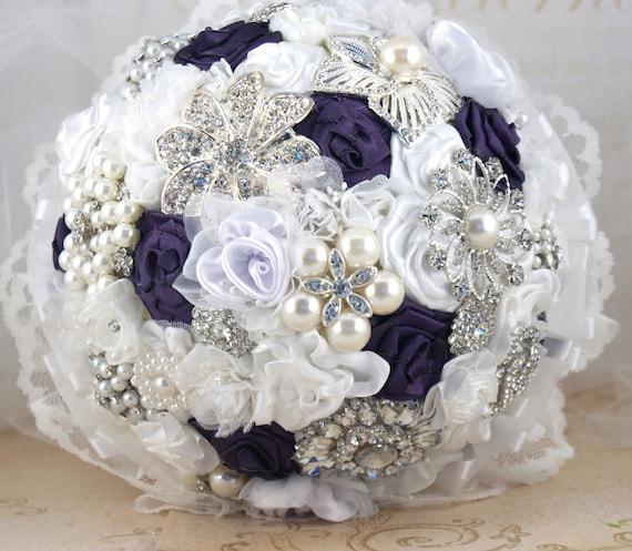 Свадебный букет Брошь Свадебный букет Jeweled Букет в белом и баклажаны