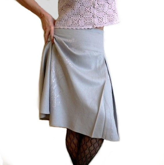 SALE 1980s Grey Linen Skirt Carol Little Floral Embroidered M