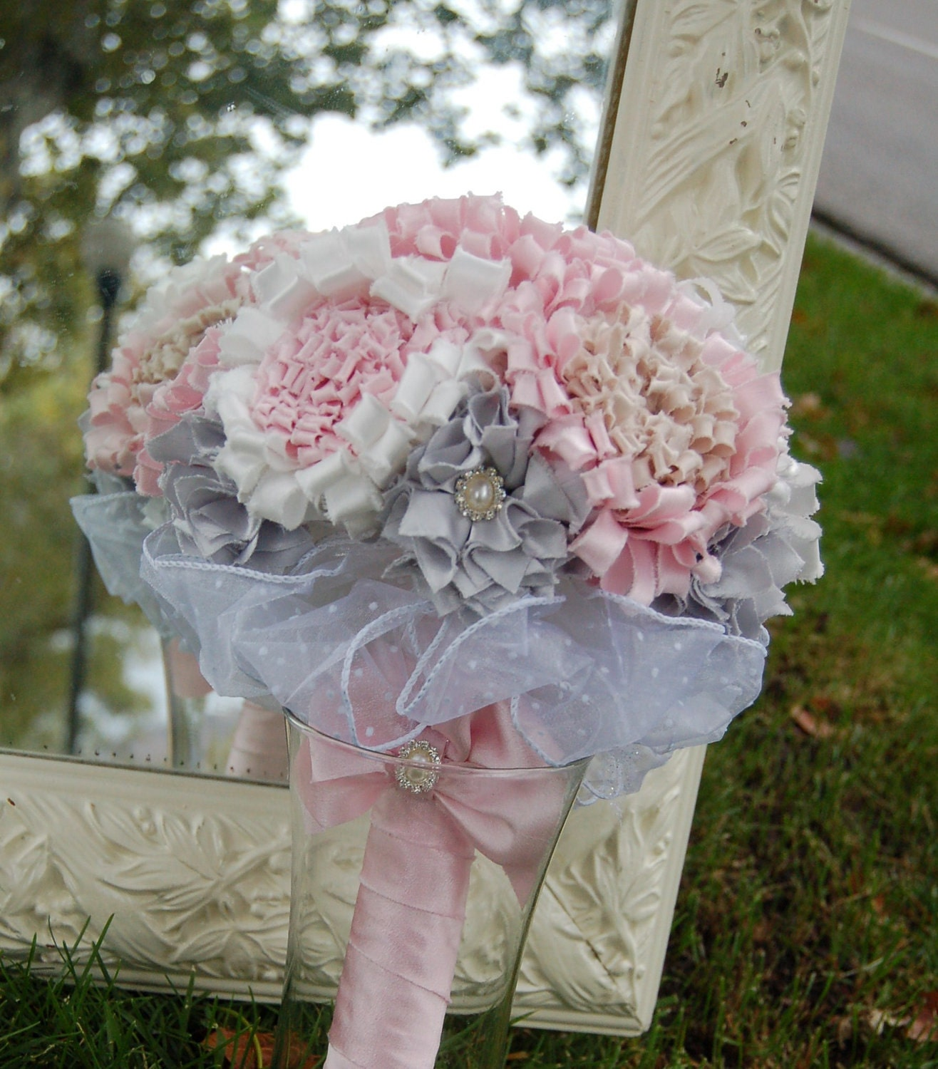 How To Make Fabric Wedding Bouquets: Fabric flower bouquet ideas ...