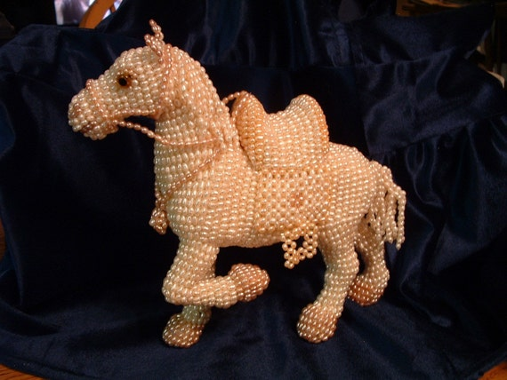 Freshwater Pearl Chinese War Horse Statue Original Design