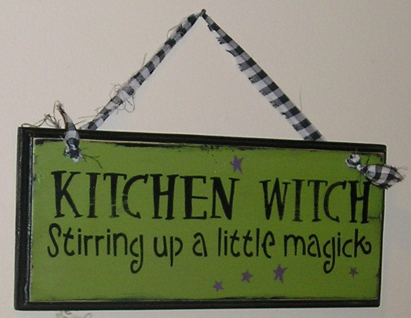 Wiccan home decor decorating ideas for Witches kitchen ideas