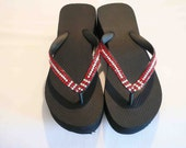 NEW Light Siam and Clear Swarovski Crystal Tuxedo Style Flip Flops Size 7 High - blingds