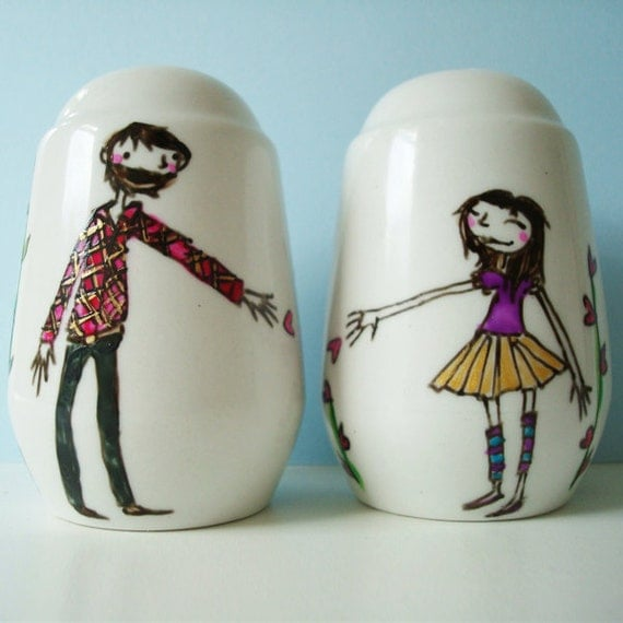 Personalised / Personalized Salt & Pepper Shakers for Anniversary, Wedding or Engagement Gift, or just for your lover
