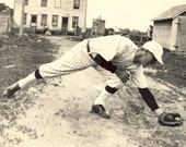 Young Man in BASEBALL FIELDING POSE Stretching For a Ground Ball Photo Circa 2930s - NiepceGallery