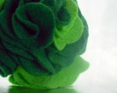 Handmade Green Felt Flower Brooch Pin - dahlies