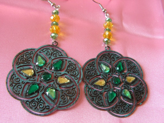 Celtic Knot Earrings in Yellow and Green