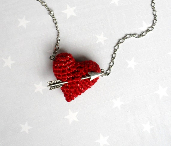 Valentine Necklace crochet red heart and arrow.Love necklace.