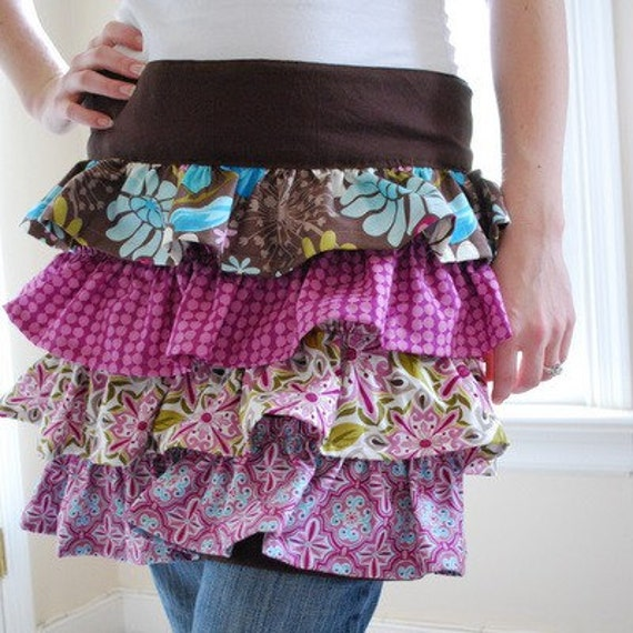 pretty ruffled apron PATTERN with pockets, Sydnee Apron
