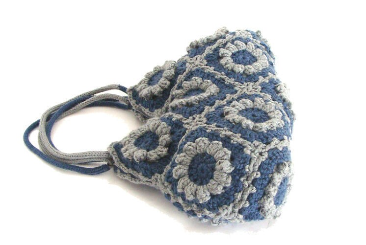 ... crochet handbag in blue denim and gray, crochet tote bag, shoulder bag