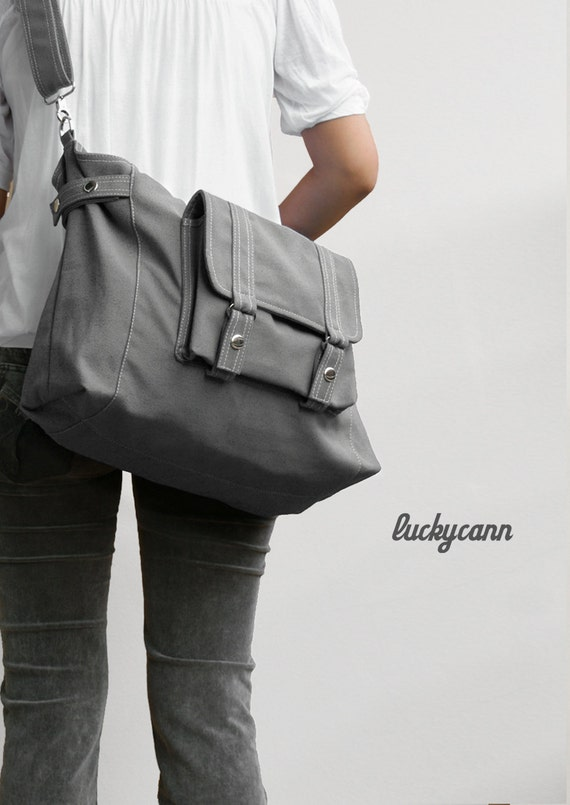 CARSON // Dark Grey // Luckycann // Handmade // Everyday Canvas Bag