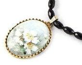 Vintage Floral Pendant Necklace - NouveauTique