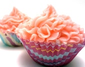 Cupcake Bath Bombs - 2 life size mini - Strawberry Scented - SSSoapandBodyCo