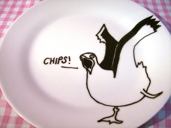 Decorative Seagull Plate in porcelain featuring a hand drawn illustration