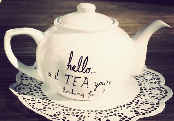 Lionel Richie teapot hand drawn by Mr Teacup