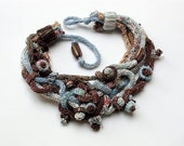 Blue brown knit necklace with bamboo beads OOAK - rRradionica