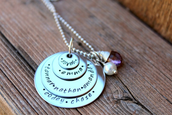 Stacked names necklace