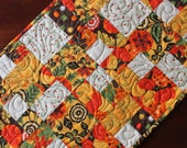 Quilted Fall & Thanksgiving Table Runner