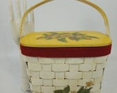 70s Picnic Basket Decoupage Wood Purse Handbag Strawberry Motif - TREASURY ITEM - BeeDeeVintage