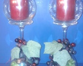 Set of 2 - Glass candle holders with grapes