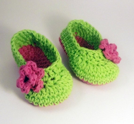 Lime Green Ballet style crochet Booties with pink rose, Slippers 3 month size