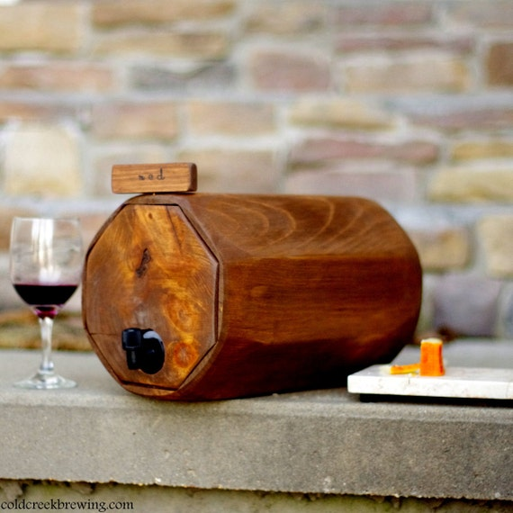 Wine Barrel - Wedding Reception - Gift Idea - Eco Friendly - Rustic - Wine Decanter