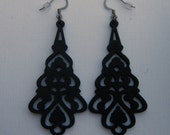earrings- long lace in black