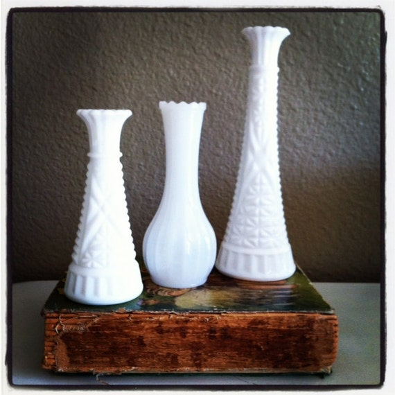 Set of 3 Vintage Milk Glass Vases