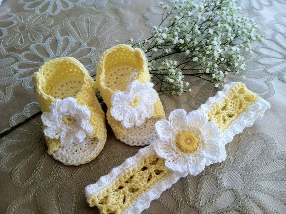 Crochet Pattern for Baby Booties and Headband, Daisy Booties Sandals and Headband Set for Baby Girl, PDF 12-024
