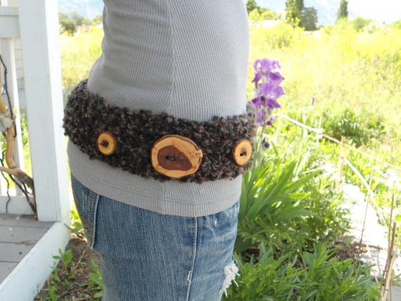 Belt with handmade wooden buttons
