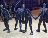Standing bronze figure - smallbronzes